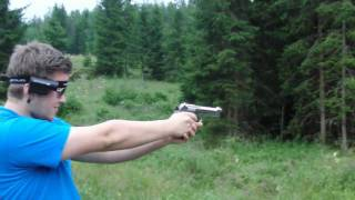 getlinkyoutube.com-Ekol Beretta F92 Shooting *Blank Pistol*