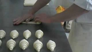 getlinkyoutube.com-Le croissant artisanal