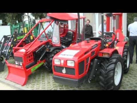 Malotraktory pod značkou AGT s italskými motory Lombardini