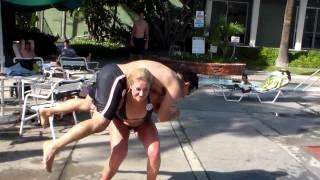 getlinkyoutube.com-Human squats