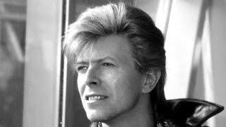 getlinkyoutube.com-Rick Wakeman's Tribute To David Bowie - Life On Mars