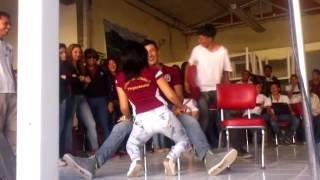 getlinkyoutube.com-Baile caliente 2