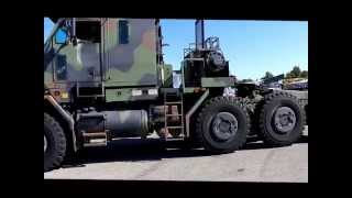 getlinkyoutube.com-Military 8X8 Truck by OSHKOSH Model: M1070