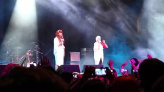 getlinkyoutube.com-[FanCam] Elvisa y Yellow Mellow - Musas + Percusión de Nariz (CMF Chile)