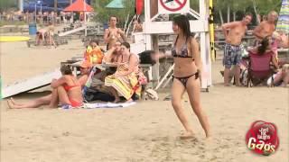 getlinkyoutube.com-الكاميرا الخفية   أخطر لعبة على الشاطئ