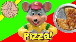 getlinkyoutube.com-Chuck E Cheese's Pizza Factory Kids Oven! Make Mini Chef Boyardee Pizza!
