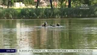 getlinkyoutube.com-Czołg w stawie na Koziej Górce w Warszawie?