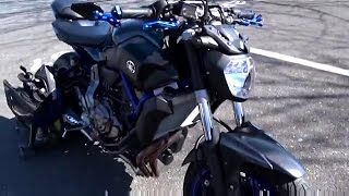 getlinkyoutube.com-Triumph Street Triple meets Yamaha FZ-07