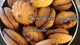 getlinkyoutube.com-Petits fours à la poche à douille
