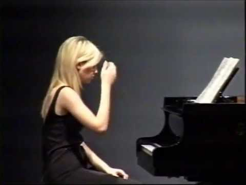 Stockhausen Piano Pieces I-IV, 17 year old Vanessa Benelli Mosell plays in front of Stockhausen