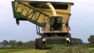 www.jtnfotografie.nl - Krone Big X Cargo tijdens het gras ha