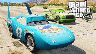 getlinkyoutube.com-Grand Theft Auto V - The King Vs Chick Hicks - GTA 5 Disney CARS MOD