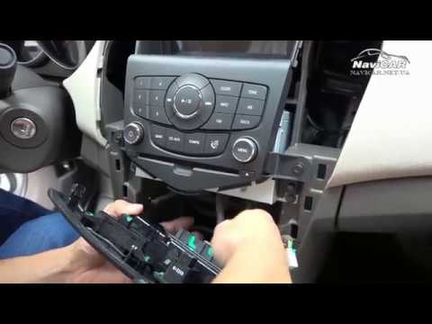 Как заменить штатную магнитолу для Chevrolet Cruze на мультимедийную систему