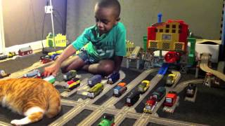 getlinkyoutube.com-Thomas and Friends Trackmaster Village Calling All Diesels to Vicarstown!