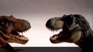 getlinkyoutube.com-Papo Tyrannosaurus Rex Comparison: Brown x Green
