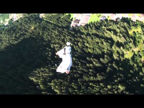 TURBOLENZA: Basejumping - The longest wingsuit flight in Italy