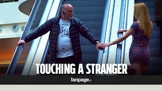 getlinkyoutube.com-What happens when you touch a stranger on the escalator?