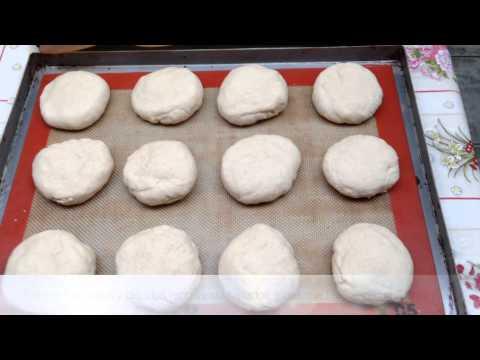 Miguel cocina Pan Amasado