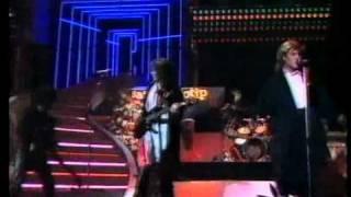 getlinkyoutube.com-Duran Duran - Wild Boys - San Remo 1985
