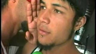 getlinkyoutube.com-flagra Wesley tocando uma no banheiro (2005)