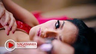 Siti Badriah - Undangan Mantan (Official Music Video NAGASWARA) #music width=