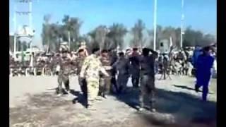 حفلة رقص مع النساء لقوات المالكي وتحيات خاصة توزع من المطرب له ولقادة الجيش