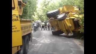 getlinkyoutube.com-NewHolland TC56 wypadek (29.06.2006)