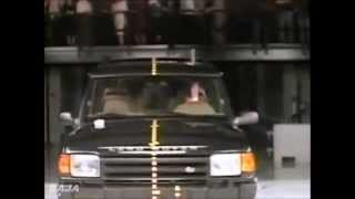 getlinkyoutube.com-19. Dateline 1995, 1996, 1997, 1998, 1999, 2000 SUV IIHS Crash test.flv