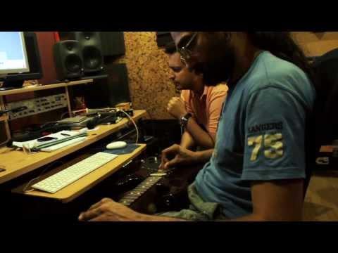 KollektivA - Δυο Μαθήματα | KollektivA - Dio Mathimata - official clip