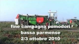 getlinkyoutube.com-fine campagna pomodori 2010 ( harvest tomatoes with guaresi)