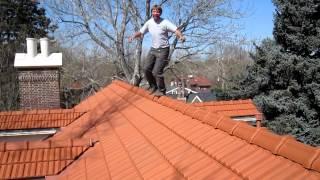 getlinkyoutube.com-Walking on roof tiles