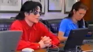 getlinkyoutube.com-Michael Jackson in the chat room very funny