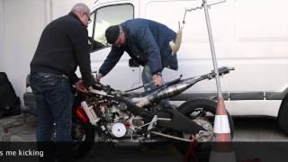 getlinkyoutube.com-RD500 Race engine - First start