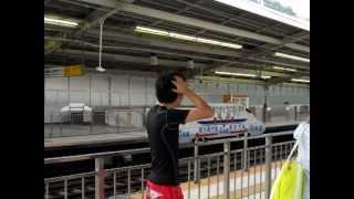 getlinkyoutube.com-イギリスの少年、新幹線に大興奮!Excitement great to the Shinkansen!