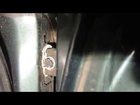 Как снять дверь на ВАЗ 2110, 2111 и 2112