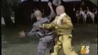 getlinkyoutube.com-Nostalgic David Carradine vs Brandon Lee Finale in Kung Fu The Movie