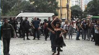 getlinkyoutube.com-Rockabilly - Galeria do Rock / Centro - SP