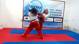 POİNT FİGHTİNG ( SEMİ CONTACT) 2 ANTRENÖR SEFER GÜNEŞ BURSA KICK BOKS
