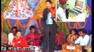 getlinkyoutube.com-pala gaan pagol monir  and  lipi  sorkar  স্বামী স্রী পাঠ3