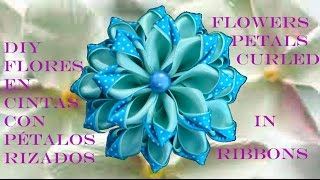 getlinkyoutube.com-DIY Kanzashi flores pétalos rizados en cintas - flower petals curled ribbons in two colors