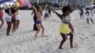 getlinkyoutube.com-OMI - Cheerleader (Felix Jaehn Remix) [Official Video BTS]