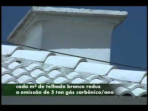 Telhados pintados de branco