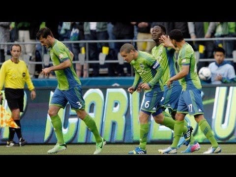 GOAL: Eddie Johnson strikes inside the box | Seattle Sounders vs FC Dallas