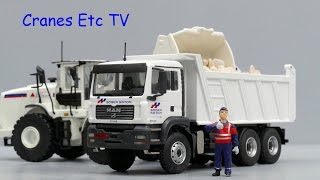 getlinkyoutube.com-Conrad MAN TGA M WW Tipper 'Sogea Satom' by Cranes Etc TV