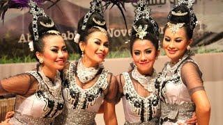 Tari MOJANG PRIANGAN - Jaipong Dance Sunda - KBRI Abu Dhabi [HD] width=