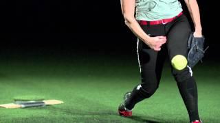getlinkyoutube.com-Softball Power Drive - mechanics in slow motion 1000 frame per second