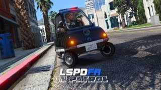 getlinkyoutube.com-LSPDFR - Day 109 - World's Smallest Police Car