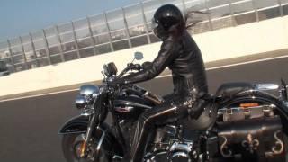 getlinkyoutube.com-レディース ハーレー爆走湾岸-横須賀2011.1 新宿 tokyo JAPAN バイクカフェ 東京