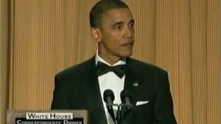 getlinkyoutube.com-President Obama Roasts Donald Trump At White House Correspondents' Dinner!