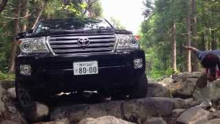 getlinkyoutube.com-Land Cruiser 200 offroad ロック